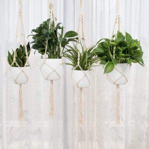 Lightweight hanging planters
